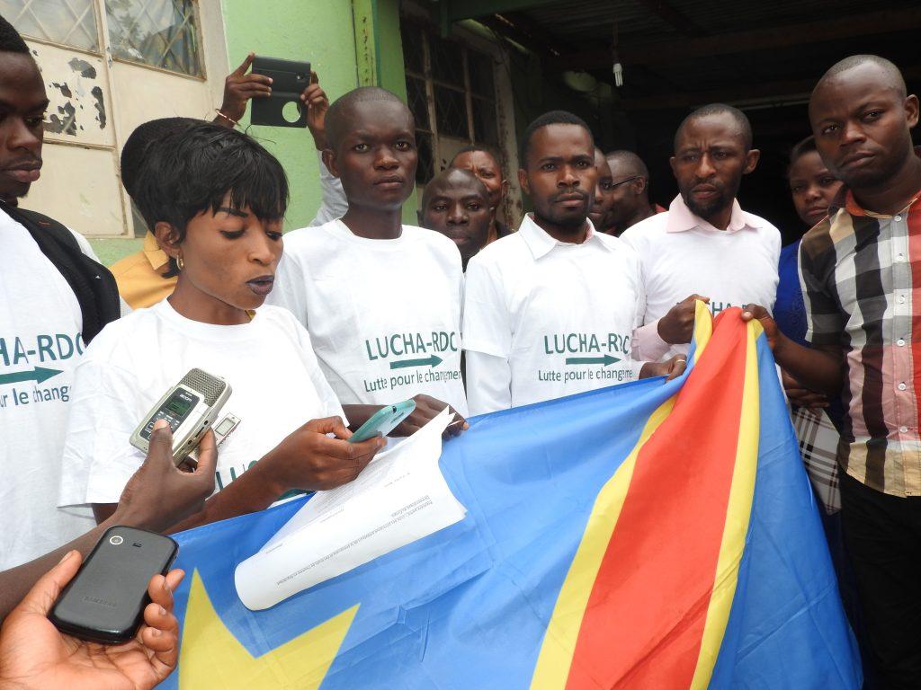1e mai 2012-1e mai 2018 : la LUCHA Sud-Kivu fête son 6e anniversaire au tour d'une activité communautaire au rondpoint ISP Bukavu, samedi 05 mai