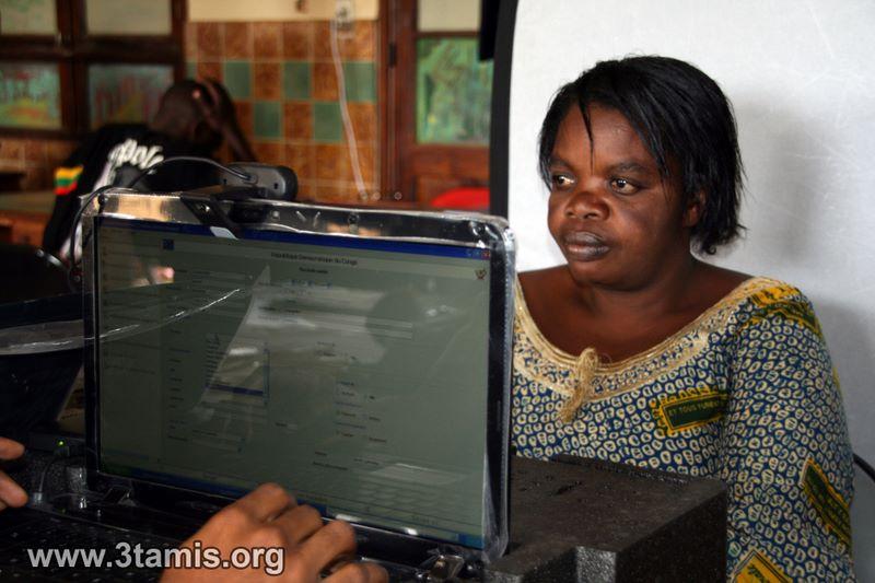 Enrôlement: Des petits commerçants des territoires s'enrôlent à Bukavu pour des facilités à la traversée au  Rwanda
