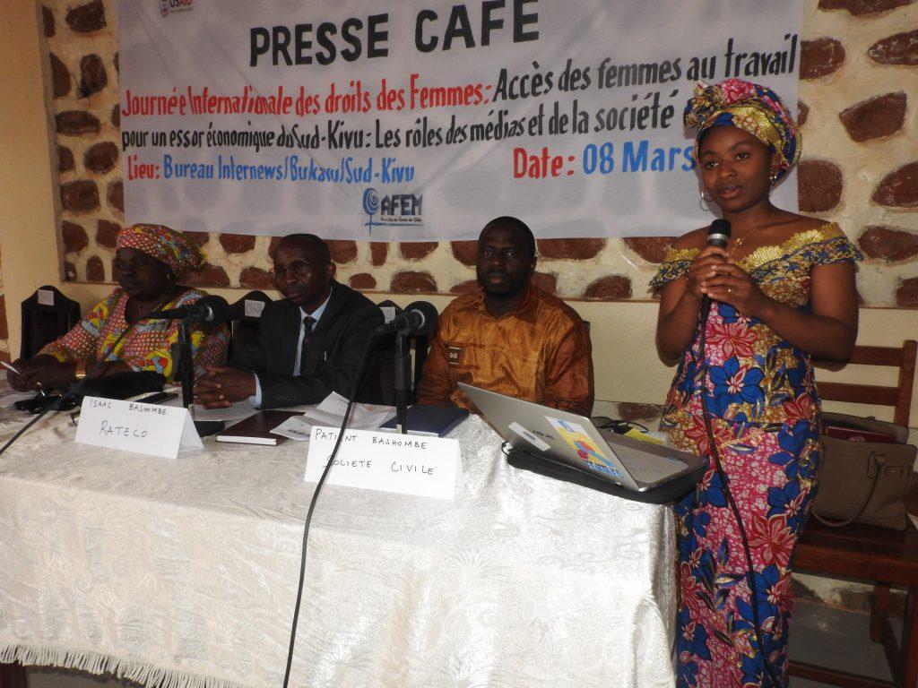 Le 8 mars : AFEM et Internews organisent un café presse sur les droits de la femme