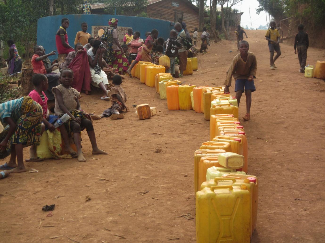 L'accès à l'eau potable, un casse-tête pour la population de Panzi