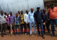 Sud Kivu : Sit in devant le cabinet du Gouverneur, les travailleurs du gouvernorat réclament leurs salaires de 11 mois impayés
