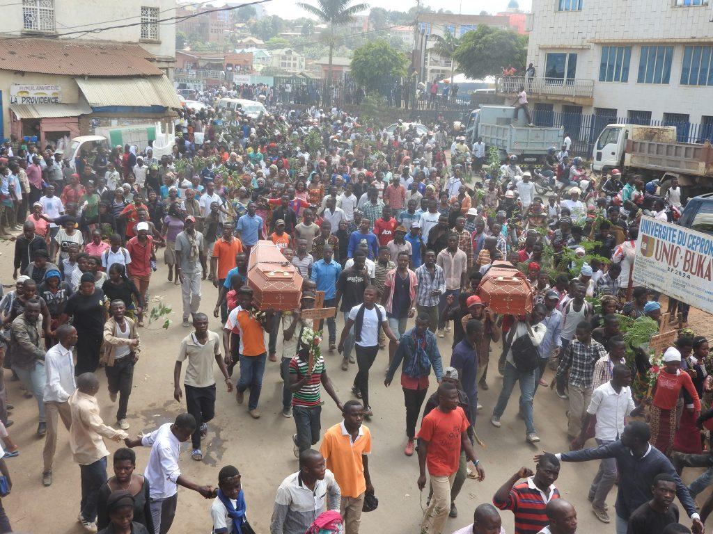 Bukavu: Les habitants de Panzi marchent en colère après l'assassinat d'un couple dans leur quartier