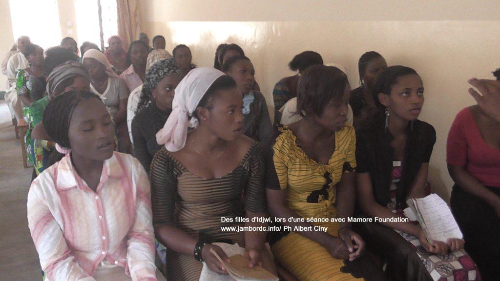 IDJWI : La Fondation Mamore octroie des bourses d'études aux filles