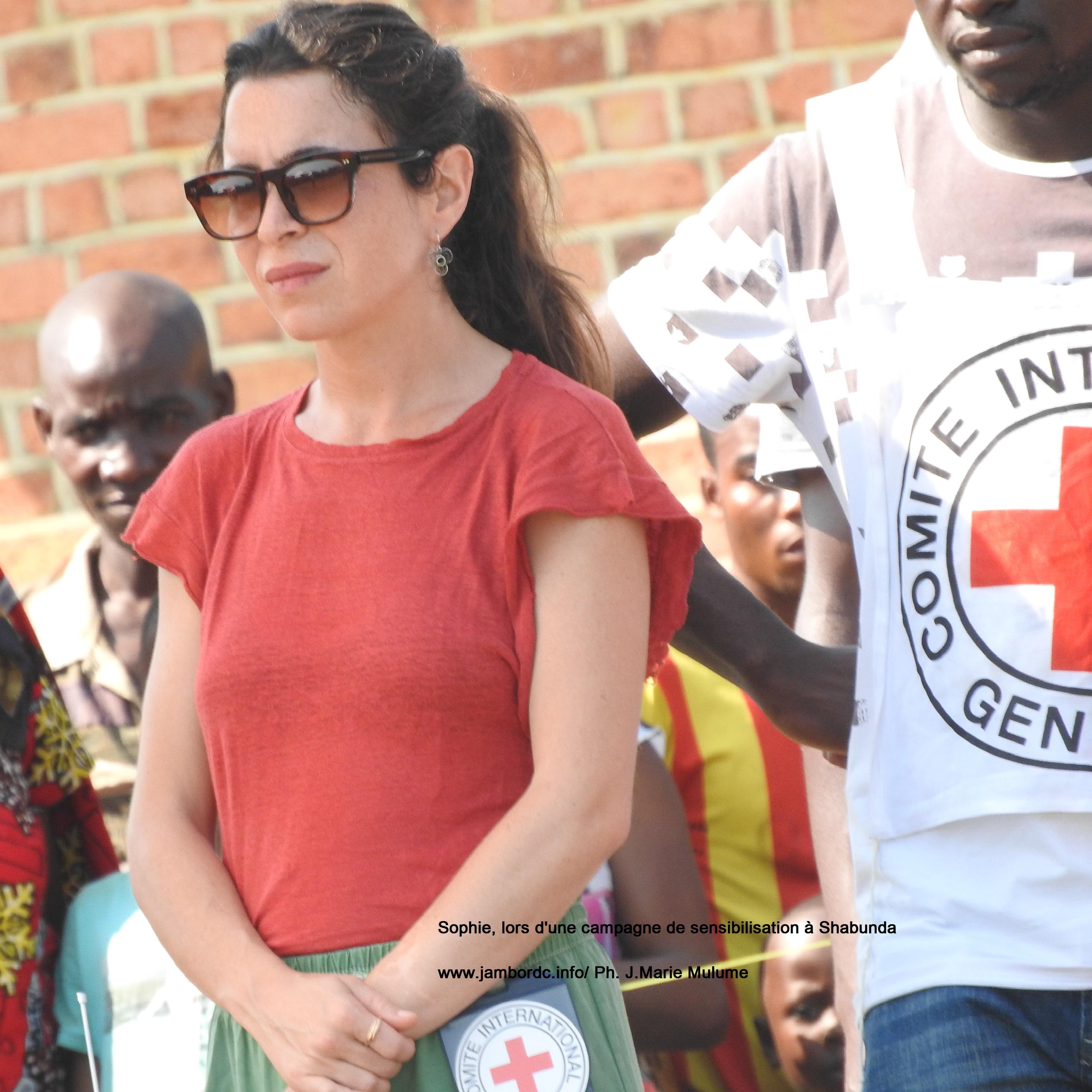 Sophie (CICR) : « Nous espérons avoir brisé les barrières culturelles qui stigmatisent les victimes et les empêchent d'accéder aux soins »