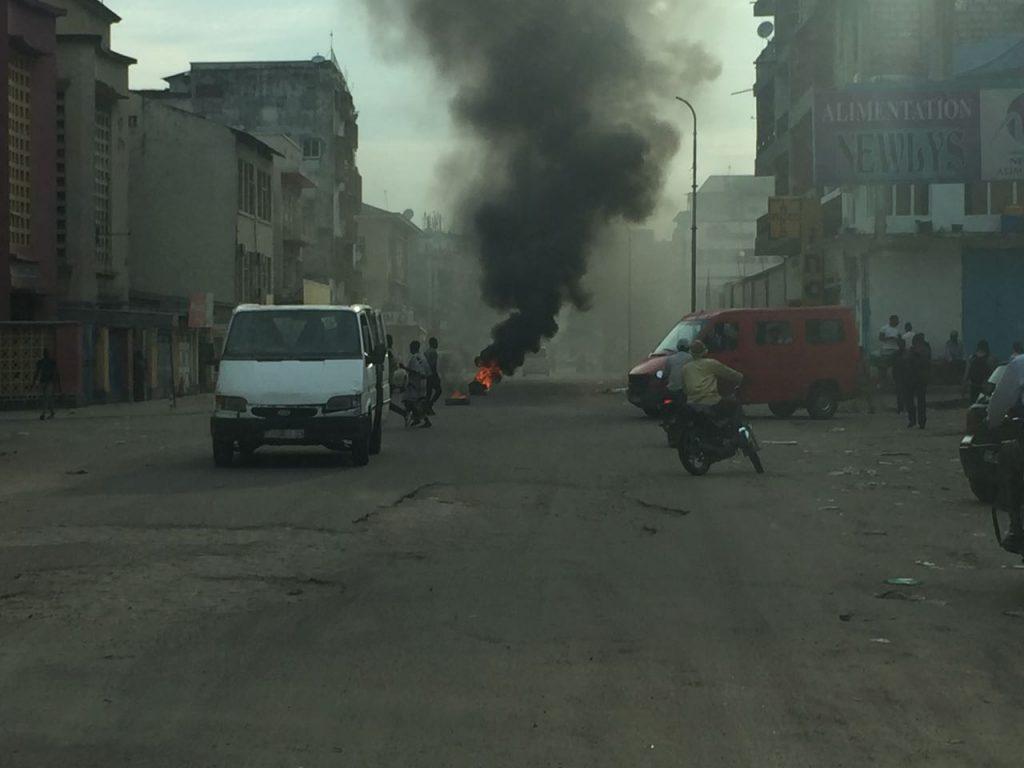 BUKAVU : Les manifestants dispersés sous l'effet des gaz lacrymogènes et des coups des feux sporadiques