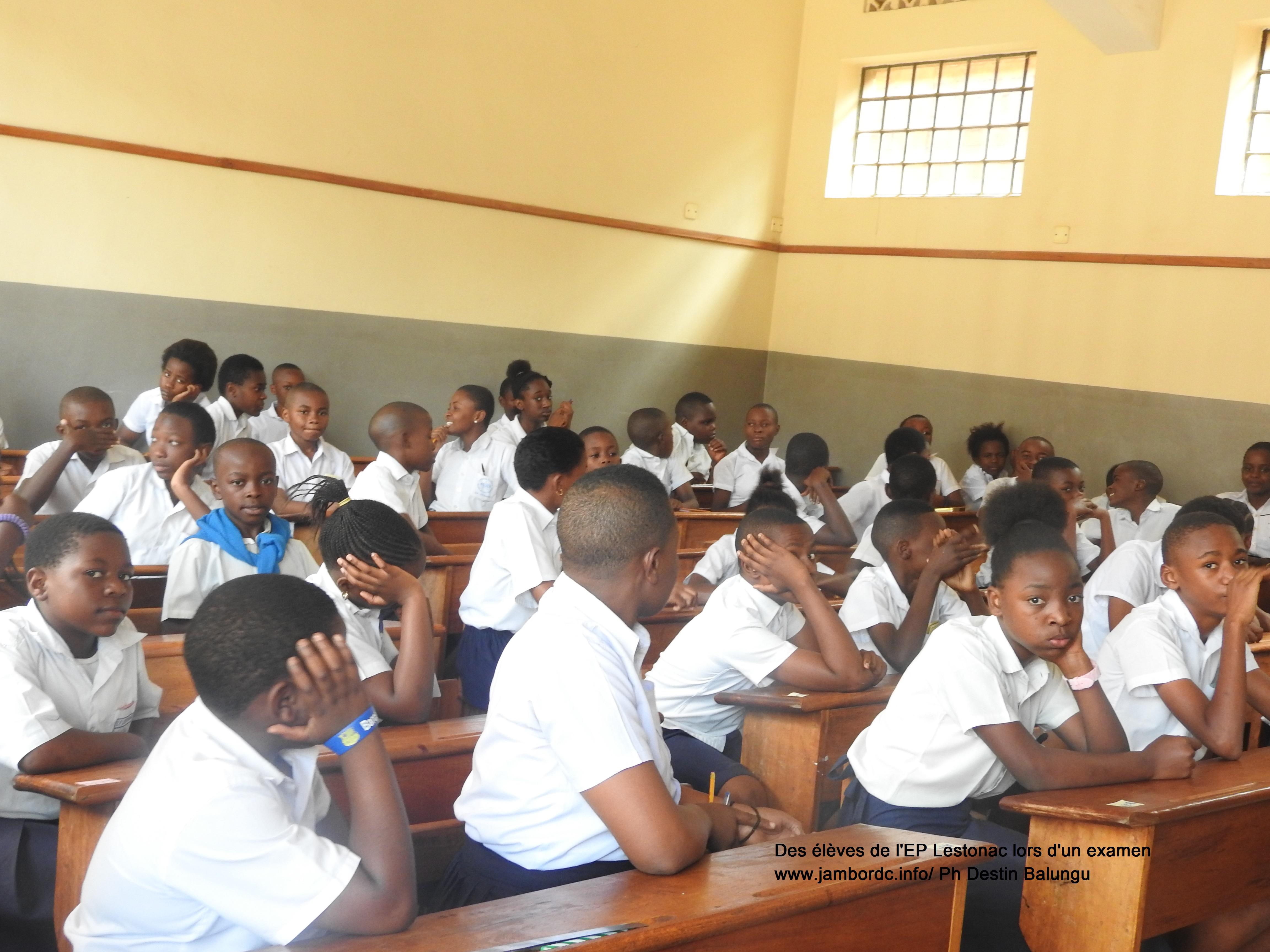 Education : Voici quelques frais illégaux imposés par les écoles du Sud-Kivu (Adrien Zawadi)