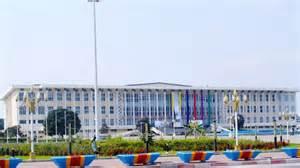 Parlement-RDC : A l'absence de l'opposition, les députés de la MP étendent les avantages de la loi Mutinga aux deux présidents du Parlement