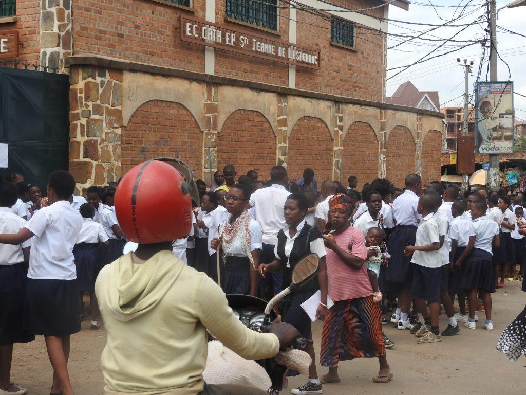 Bukavu : Des écoles conventionnées et privées renvoient les élèves à la maison