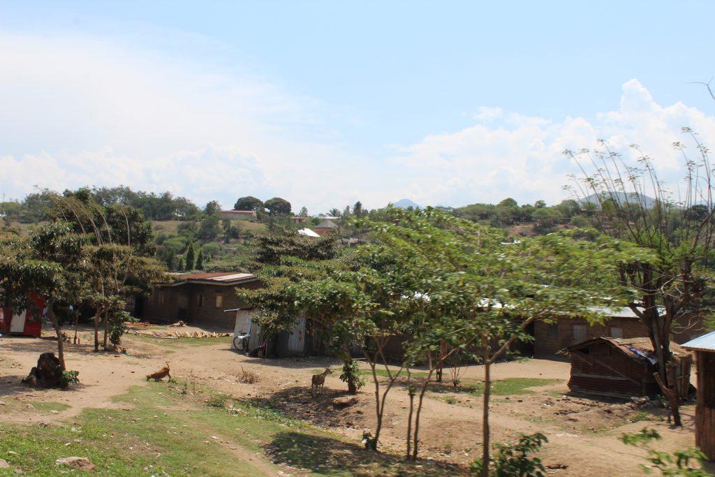 Fizi : Les  déplacés ayant fui les combats la semaine dernière regagnent progressivement leurs villages