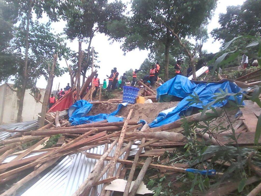 Bukavu : La mairie démolit les constructions anarchiques sur l'avenue Industrielle
