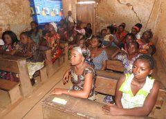 Sud-Kivu: 50 femmes sensibilisées sur la prévention et la transformation des conflits dans le contexte électoral à Uvira