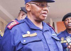 """Le général Amuli aux policiers du Sud-Kivu: """" Il ne faut pas que la police soit brutale"""""""