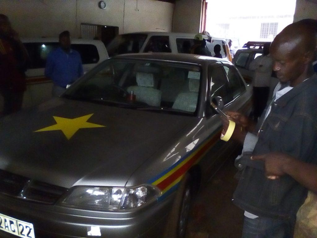 Opération peinture taxis à Bukavu : Au moins une dizaine des véhicules repeints ce vendredi 06 avril