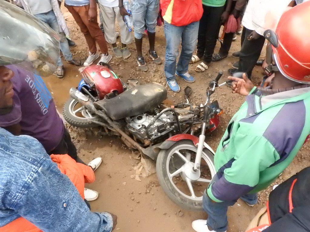 Bukavu : Deux blessés, un véhicule et une moto endommagés dans un accident de circulation