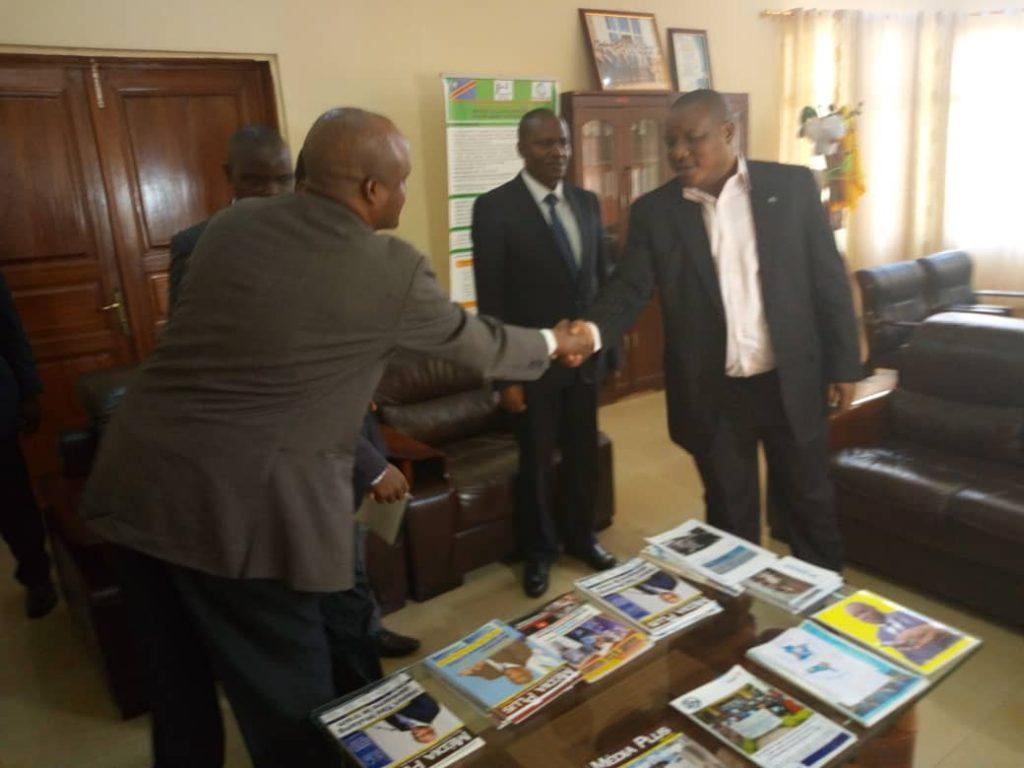 Sud-Kivu : Le Gouverneur attend du forum communautaire une réponse aux chantiers amorcés dans la province