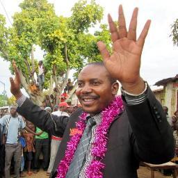 Sud-Kivu : Quand des altercations s'invitent au tour de la démission du ministre Luc Mulimbalimba