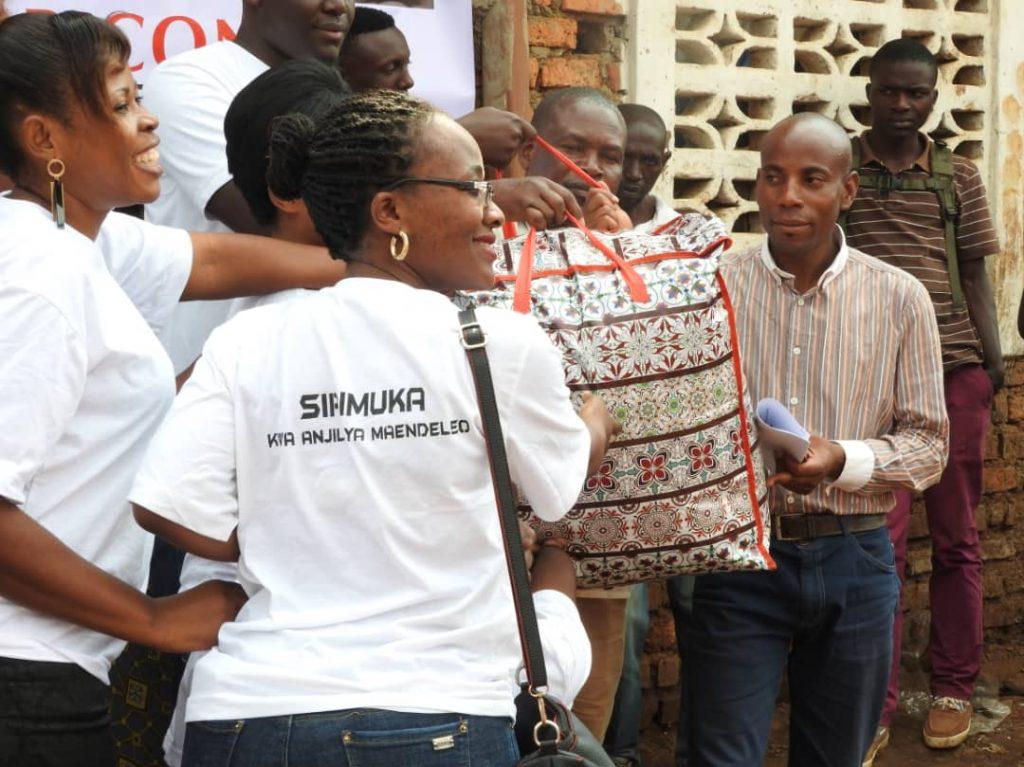 Bukavu: Sirimuka apporte une assistance en non vivres aux sinistrés d'Irambo.