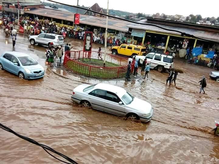 Urgent : Des marchands de Nyawera en sit-in ce matin