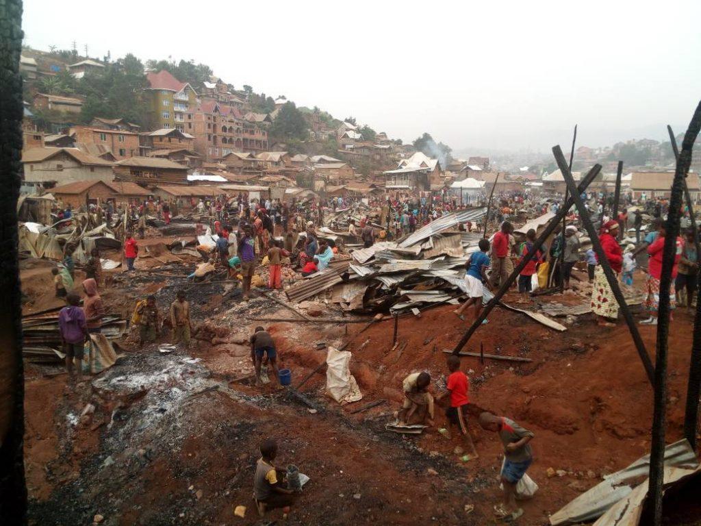 Bukavu : Le partage des dons entre les sinistrés de l'incendie à Irambo et Pesage suscite indignations
