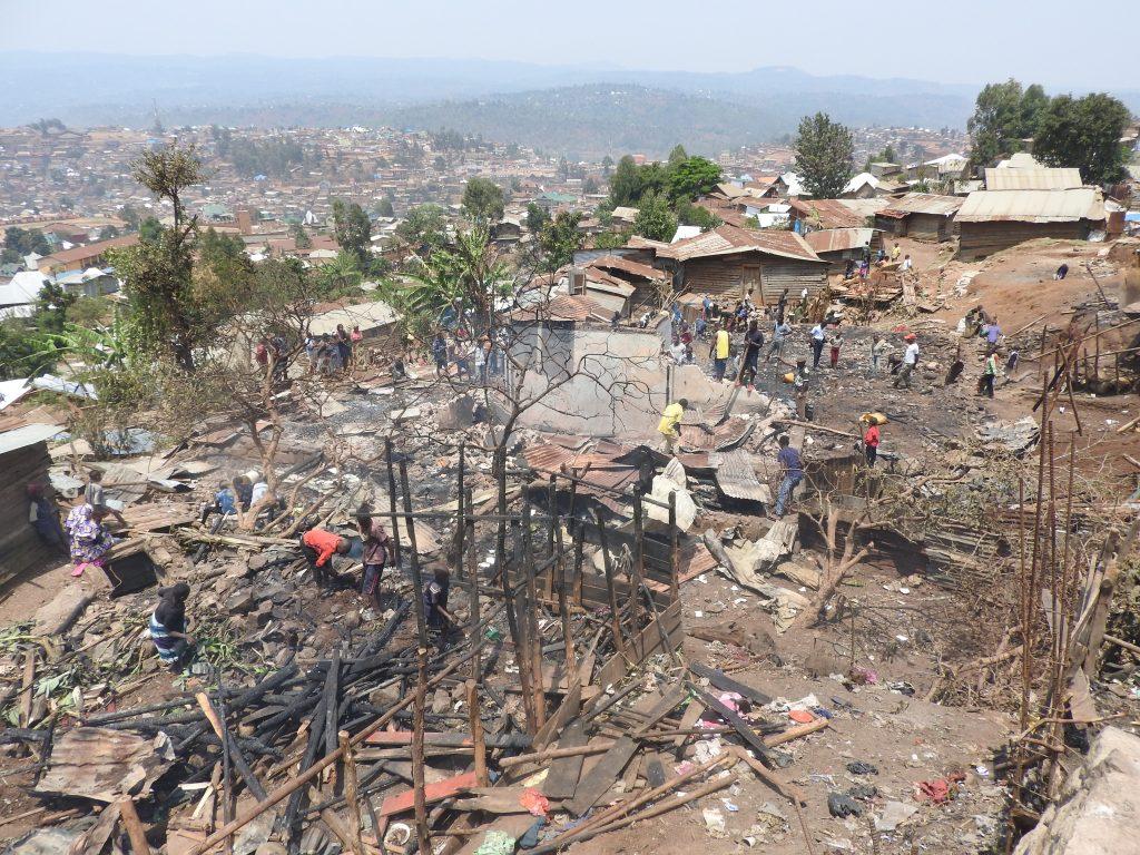 Bukavu: Plus de 5 maisons et un atelier de couture partis en fumée à Funu 1er
