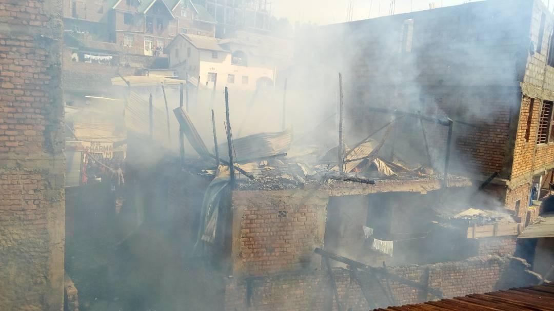 Bukavu: Un nouvel incendie dévore maisons et biens sur l'avenue du stade Mukukwe 1