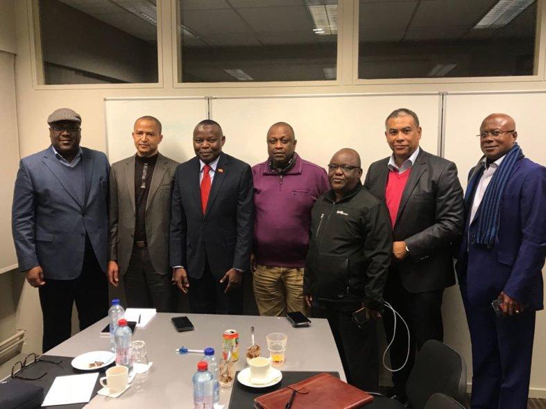 """Élections : L'opposition organise un """"grand meeting en commun"""" le 29 septembre  à Kinshasa"""