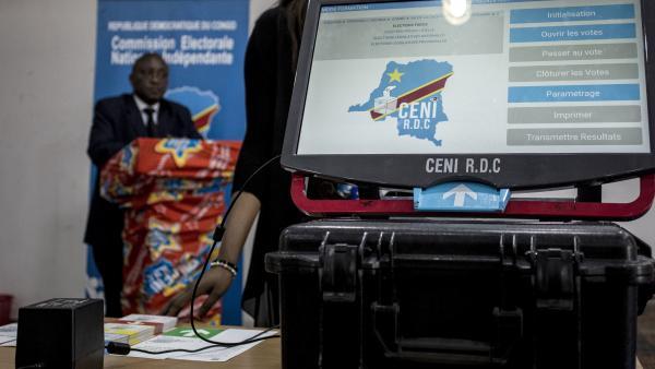 Processus électoral: Pour des exercices, la CENI va déployer la machine à voter dans des ports et aéroports
