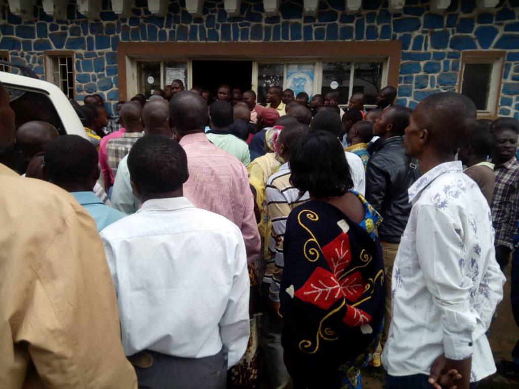 Urgent ! Situation des enseignants du Sud-Kivu, le ministre provincial de tutelle annule son point de presse à Labotte