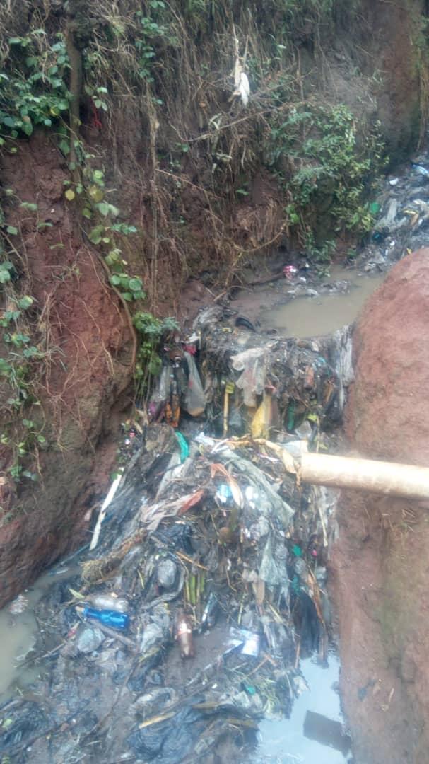 Bukavu: La mairie promet de sensibiliser les habitants de Nyalukemba sur la gestion des déchets domestiques