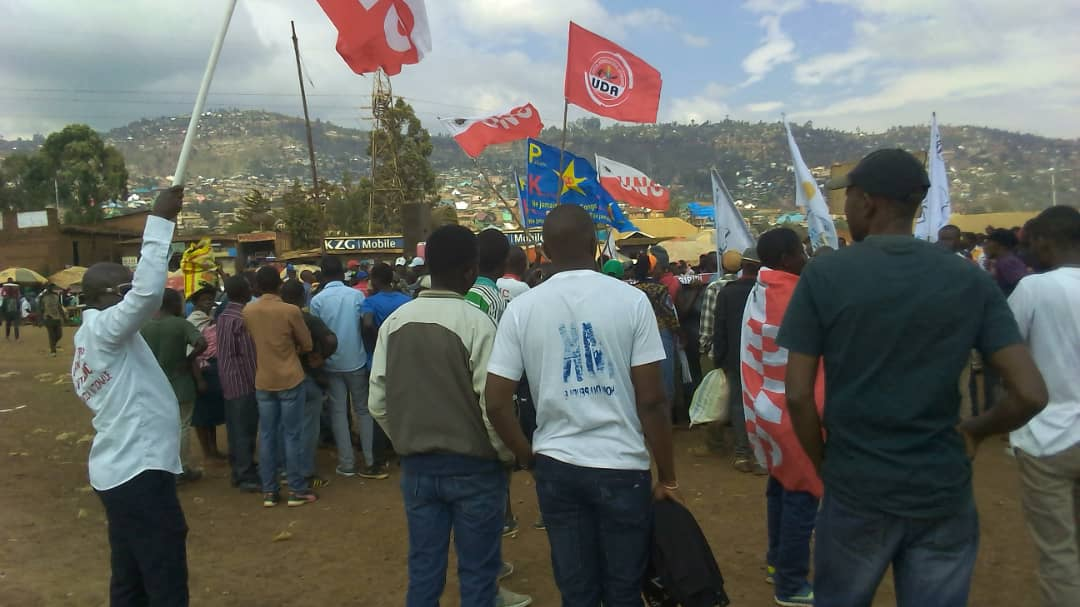 Direct-Bukavu: Dispositif important de la police à la place Essence-Major Vangu(situation en cours)