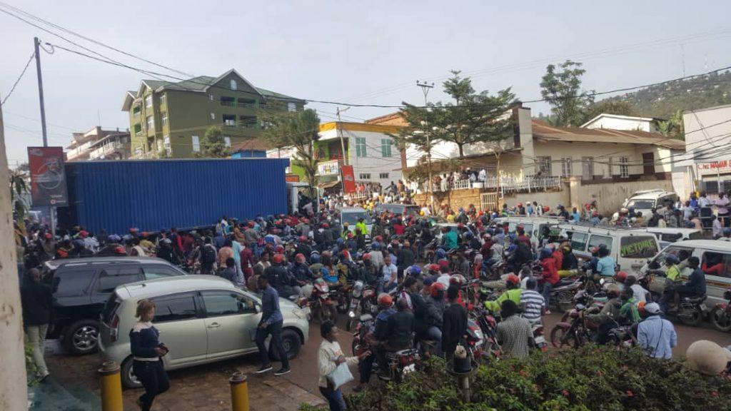 Bukavu: La circulation a été perturbée sur le boulevard Lumumba suite à un véhicule poids lourd en panne(situation à 8h)