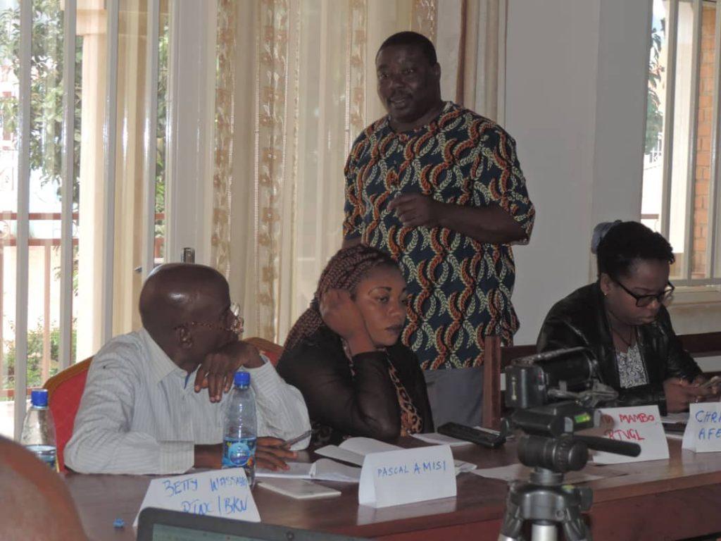 """Formateur Charles Ntiryica: """" J'attends des journalistes la mise en application des principes appris pour les élections apaisées"""""""