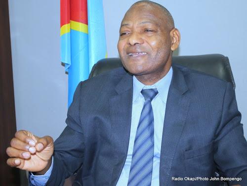"""Tito Ndombi: """"Le CSAC prépare des sanctions disciplinaires à l'endroit des médias qui se livrent à la campagne précoce"""""""
