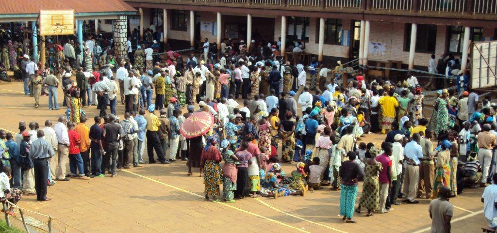 Élections en RDC : A Bukavu, le vote se déroule dans le calme, malgré quelques soucis(papier général)