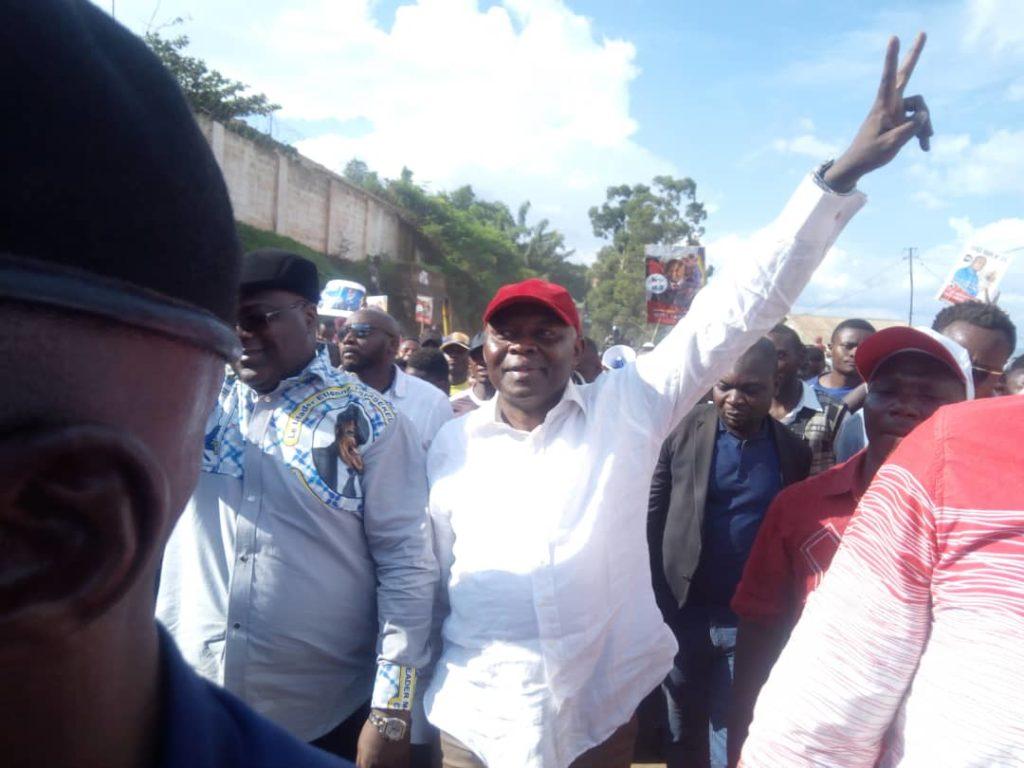 Présidentielle en Rdc: Tshisekedi à walungu sous la pluie pour son meeting de campagne