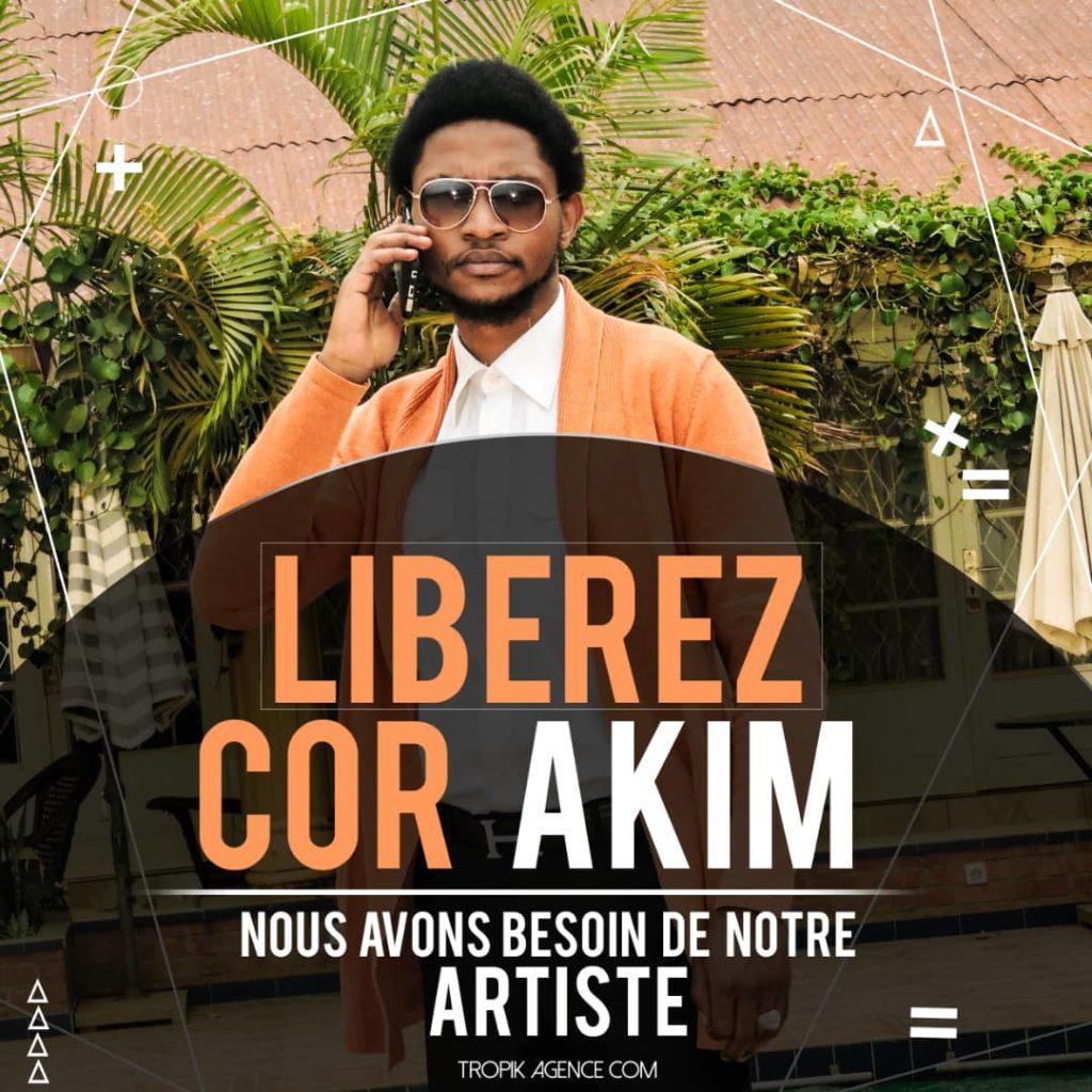 """Bukavu: La société civile exige la libération """"immédiate"""" de l'artiste Cor Akim enlevé cette nuit"""
