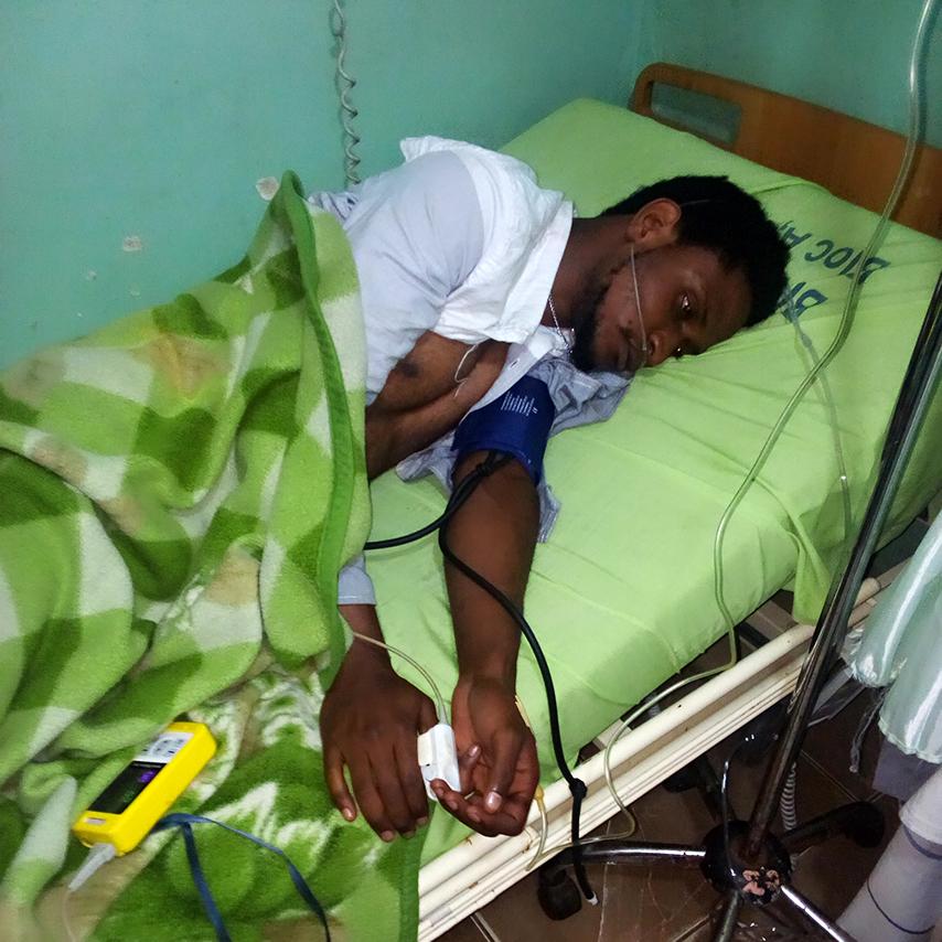 Bukavu: L'artiste Cor Akim retrouvé hier à 23 hoo à la place Mulamba étalé au sol