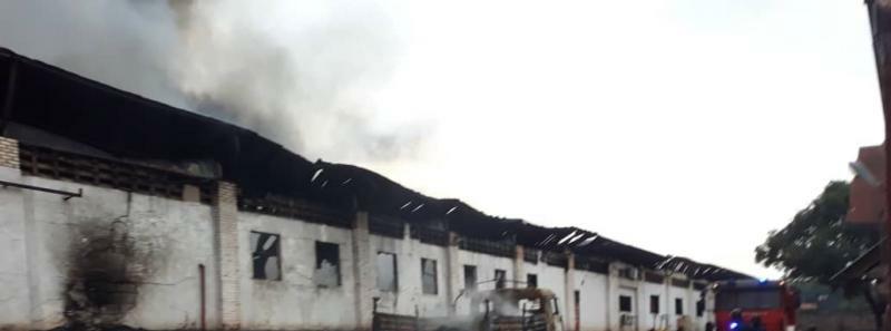 Kinshasa: Incendie criminel du dépôt central de la ceni, 7000 MAV , urnes et isoloirs calcinés.