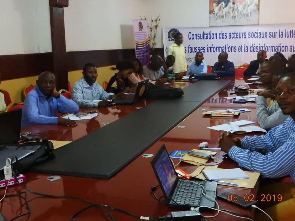 Bukavu : La LDGL organise un atelier sur la consultation des acteurs sociaux sur la lutte contre les fausses informations et la désinformation au Sud Kivu