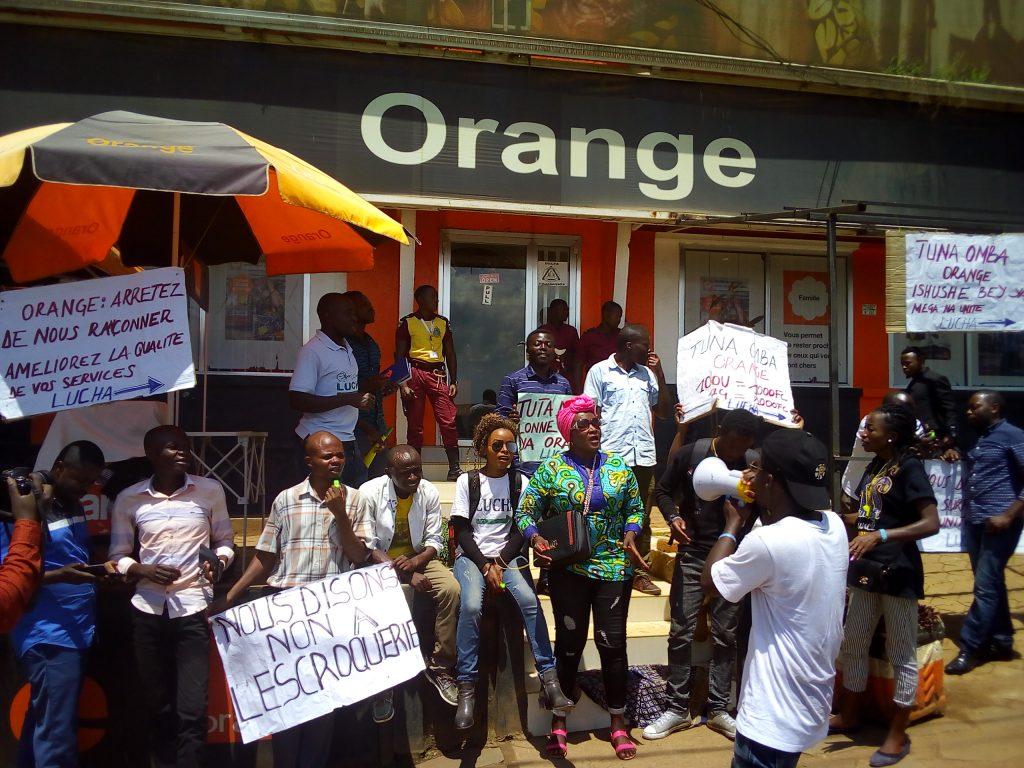 Sud-Kivu : Le mouvement citoyen LUCHA en sit-in contre les services rendus par Orange