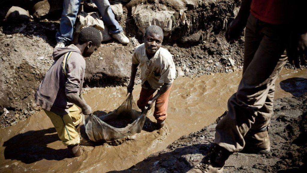 RDC : La Banque africaine de développement projette des actions pour lutter contre le travail des enfants dans les mines