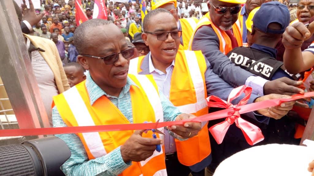Sud-Kivu : le Ministre national de l'énergie inaugure une Micro-centrale électrique à Bitale