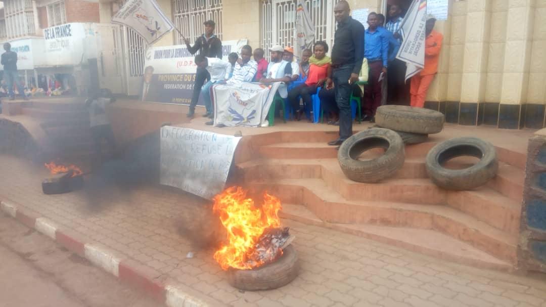 Sud-Kivu : La ligue de jeunes de l'UDPS conteste la nomination de Edouard Ilunga à la tête de leur parti