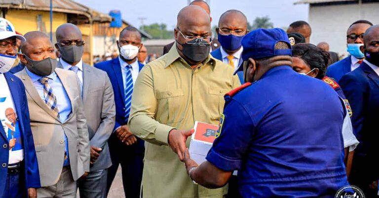 RDC : Félix Tshisekedi à la rescousse des familles des policiers victimes d'incendie à la FIKIN