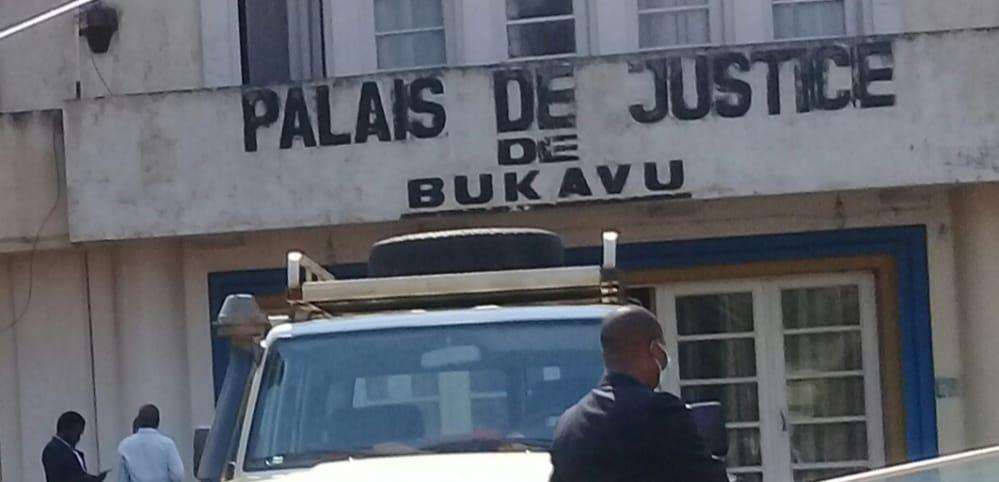Bukavu : Chaulage des maisons, les bâtiments de l'état appelés à prêcher par l'exemple