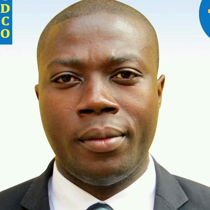 Sud-Kivu : Des habitants de Kabare bénéficient du député Cubaka Karatwe, deux ponts et deux bornes fontaines