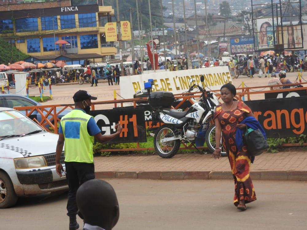 Sud-Kivu: Les policiers de circulation routière formés par UNPOL s'engagent à mieux gérer le trafic routier