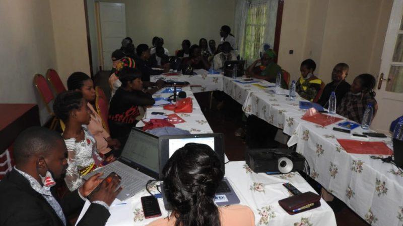 Sud-Kivu : Des journalistes et acteurs sociaux en table ronde sur l'adoption d'un plan de travail de lutte contre les VSBG