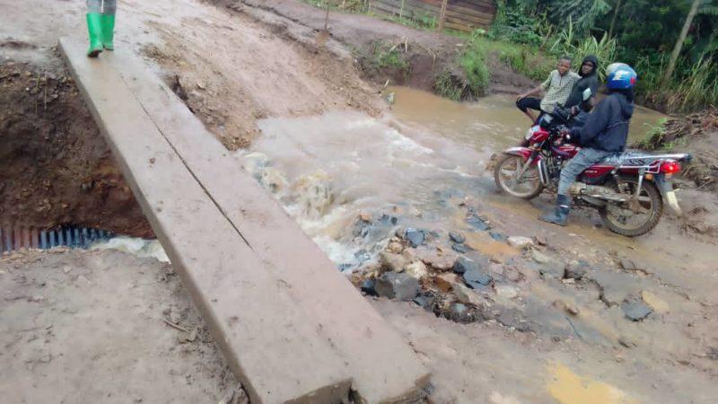Sud-Kivu : Les autorités provinciales alertées sur le danger que présente le pont Kasheke à Kalehe