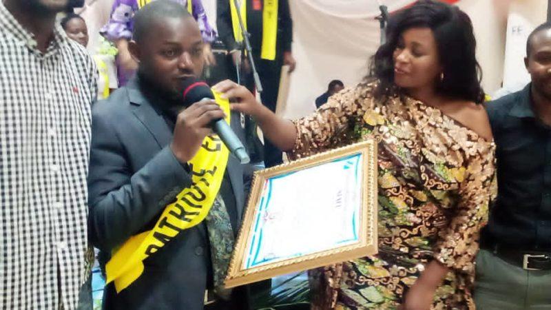 RDC : Elevé au rang de «Patriote en Or», Prince Murhula dédie son prix aux professionnels des médias